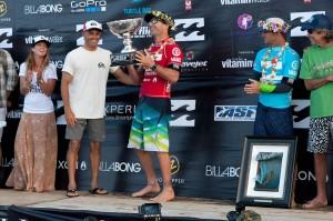 Joel Parkinson gewinnt die Pipemasters auf Hawaii